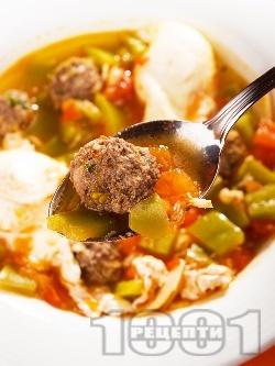 Оджа с кюфтенца - средиземноморска супа топчета с поширани яйца - снимка на рецептата